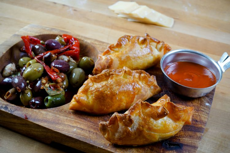 Mi Empanada's grab-and-go spot opening in Lawrenceville