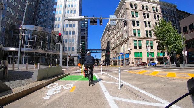 New poll says Pittsburghers are happy with expanding bike lanes (really!)
