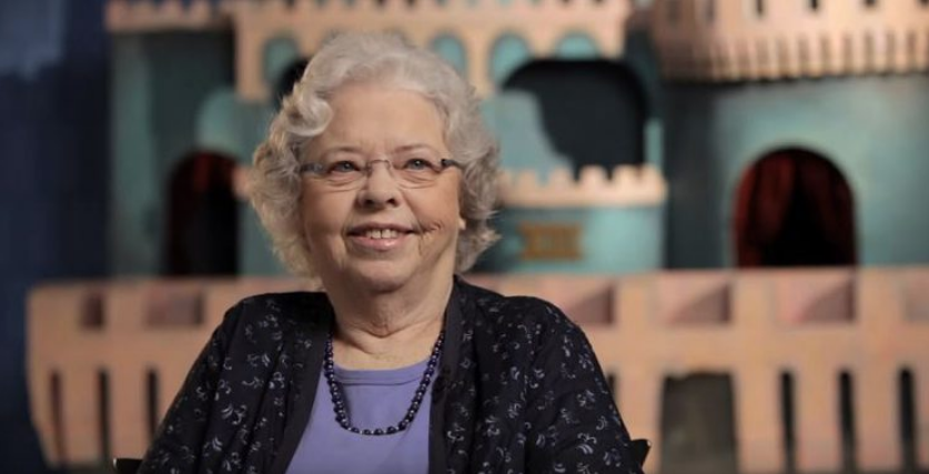 The world joins 'Mister Rogers' Neighborhood' in mourning Joanne Rogers