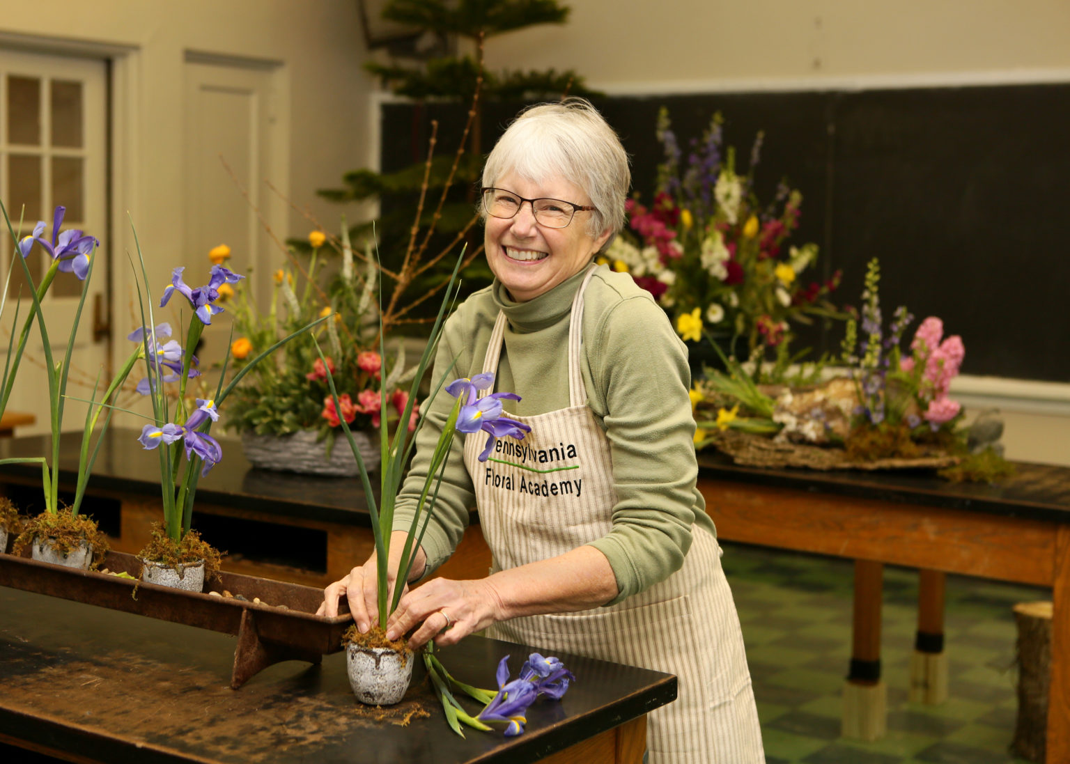 PA Floral Academy wants to help budding florists bloom with Strip District classes